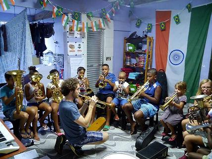 Casa Beleza Partner favela Brass
