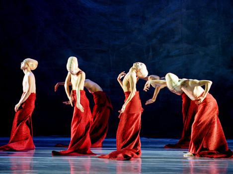 Folding by Shen Wei Dance Arts