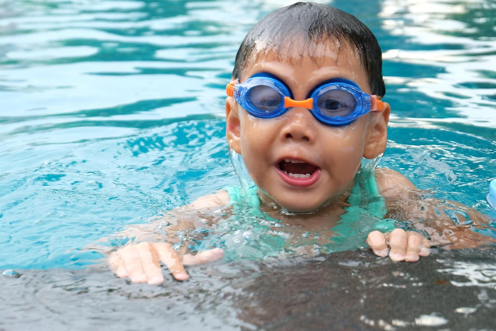 Weight Management Kids Swimming Lessons in Manila