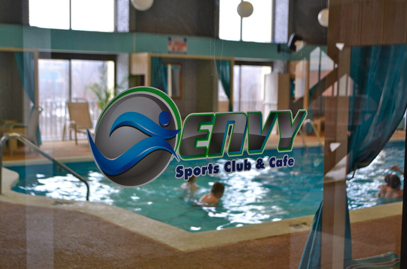 Envy Sports Club & Café Pool