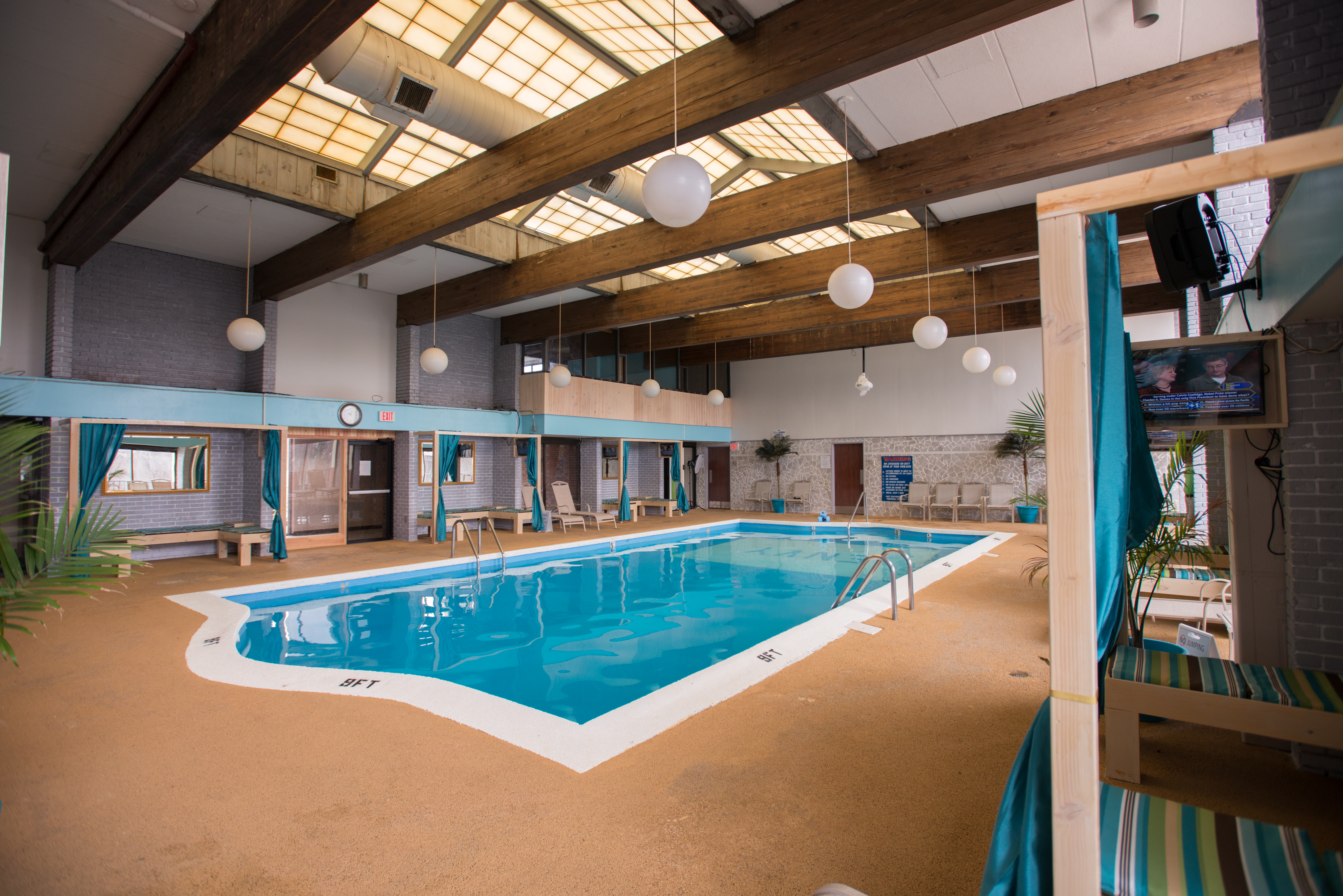 Poolside Envy Oasis