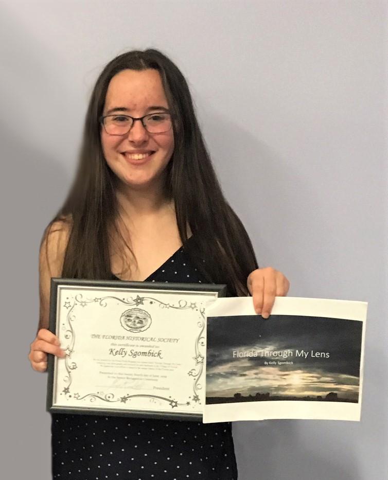 2019 Graduation Award Winner Kelly Sgomb
