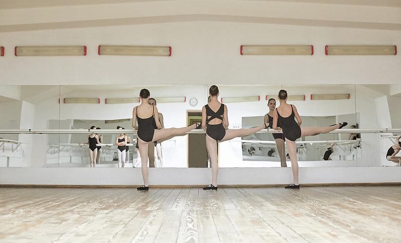 Ballet%20Practice%20_edited.jpg