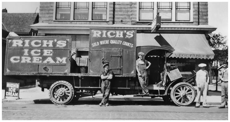 Early Truck_16x30.tif