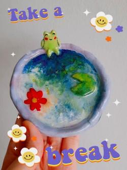 Monet frog tray