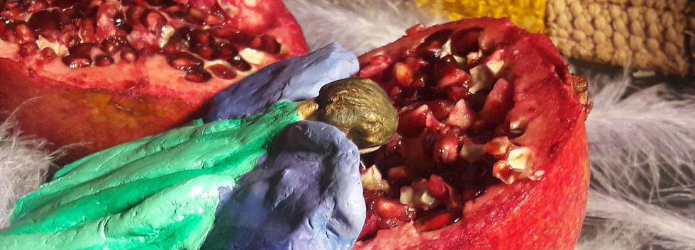 pomegranate real close up 4.jpg