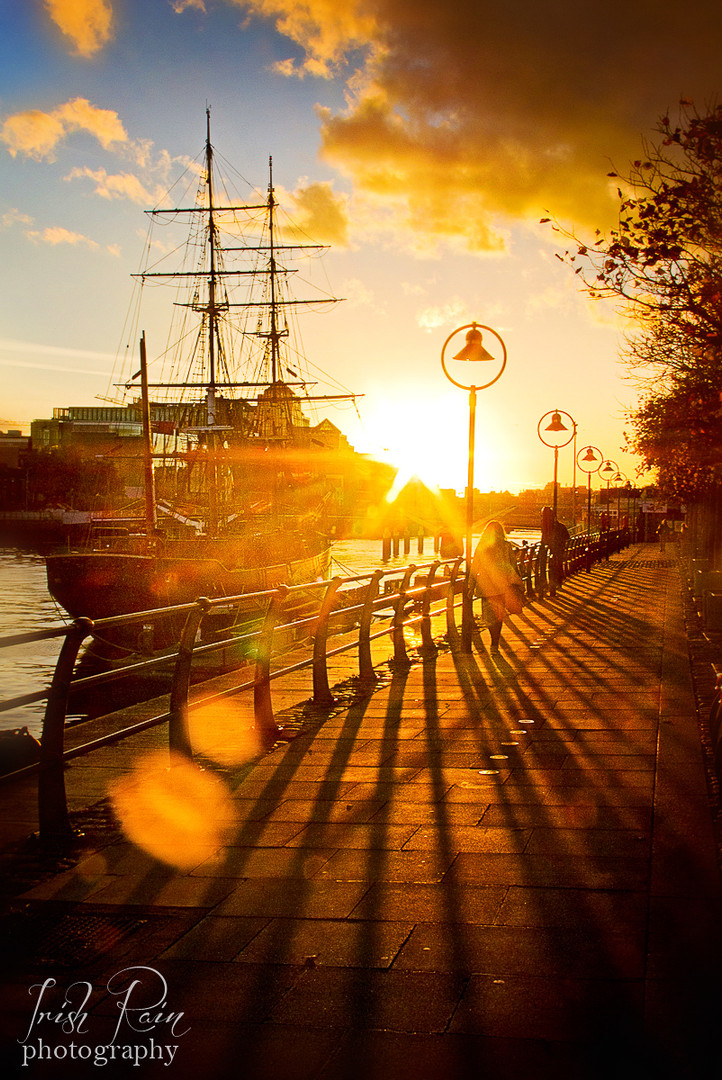 famine ship dublin ireland sunset autumn