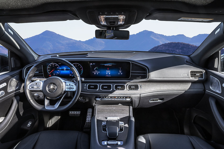 Mercedes-Benz-Siren-creatives-GLE-2020-0