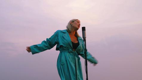 Molly Sandén - Husavik