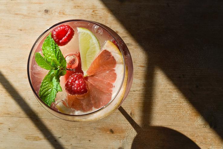The_Duck_Fruit_Drink_Web_1.jpg