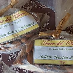 Almonds1a.jpg