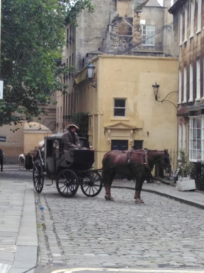 Curious Strolls Bridgerton Guided Tour