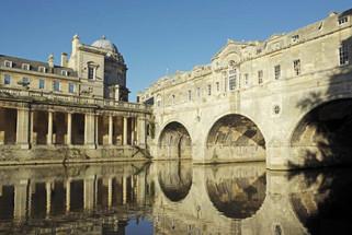 Curious Strolls Bath Architecture Tour