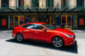 OHelloMedia-Hyundai-Christie'sAuctionHou