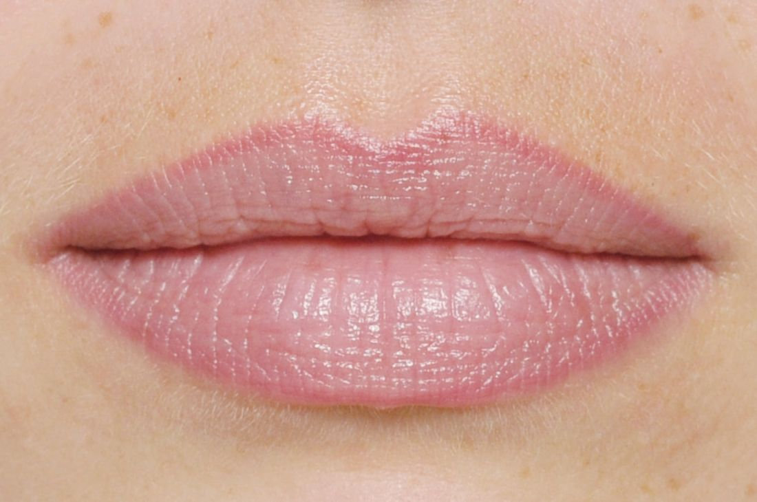 Lippenkontur mit Schattierung inkl. 2 NB