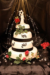 Classic Black and White Wedding Cake Aaron Coulson ACEntertainment