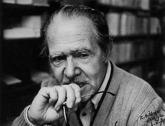Pendant les mois où il travaillait sur Kölelik Dönemecini, 1977