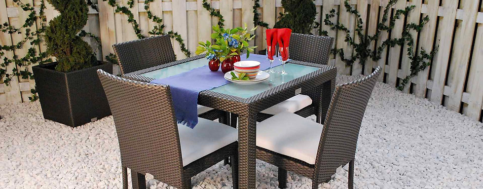 A Squared Primavera Outdoor Dining Small