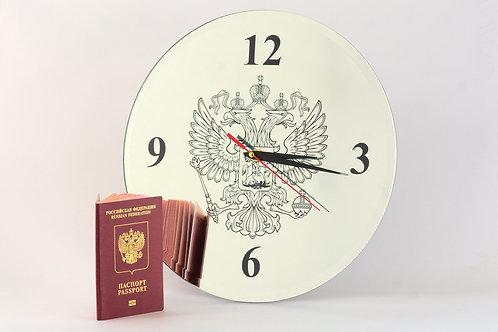 Уникальные часы с гравированным изображением