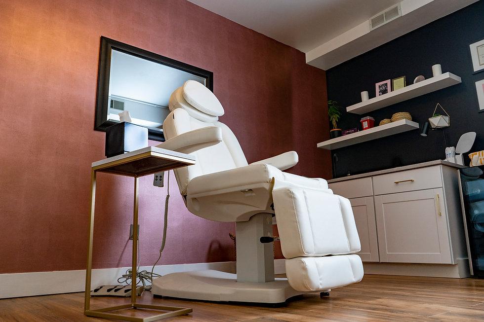 Avere Beauty Medspa Office.jpg