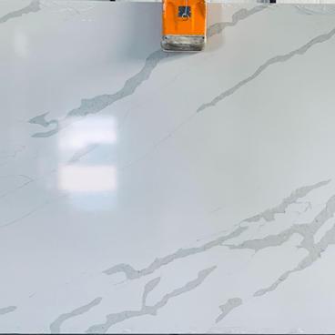 Y9009 Calacatta White