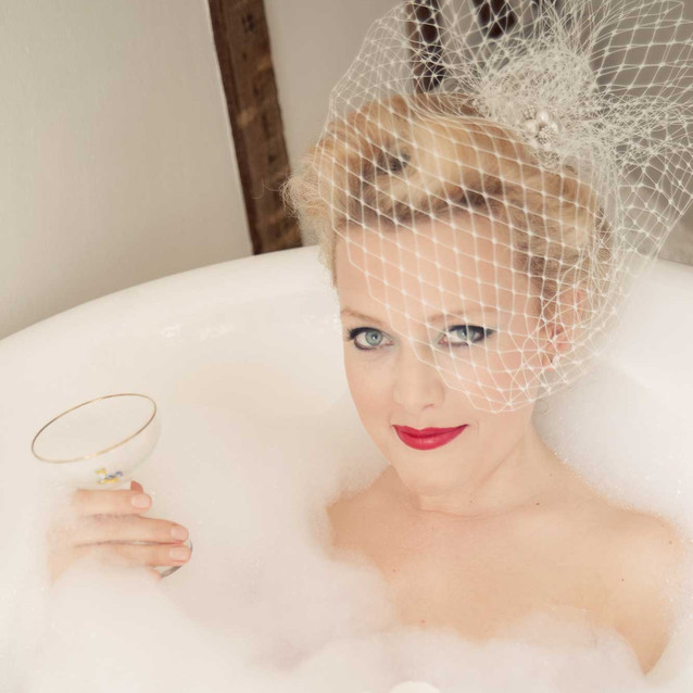 Bride in the Bath Vintage styling Lynnette Chasmer