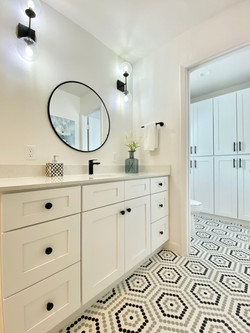 Hill Meadow Bathroom
