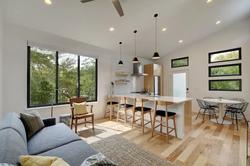11th livingroom