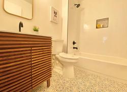 Brassiewood Bathroom