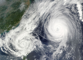 Typhoon Causes Delays in Ningbo and Shanghai