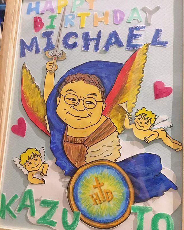 知り合いに頼まれまして、大天使ミカエル風似顔絵を描きました!👼描いて切って貼ってちょっとだけ立体に!描くの楽しかった☺️ #illustration #portrait #michael #ange