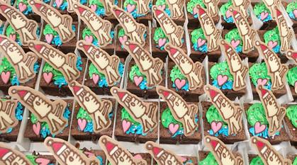 声優・餃子評論家 橘田いずみさんの餃子パーティーにて、100個以上のクリスマスケーキをお作りしました!!