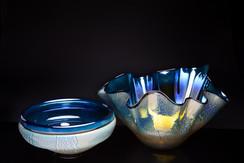 Flip-Lip Bowl and Large Fluted Bowl (Iris Black)