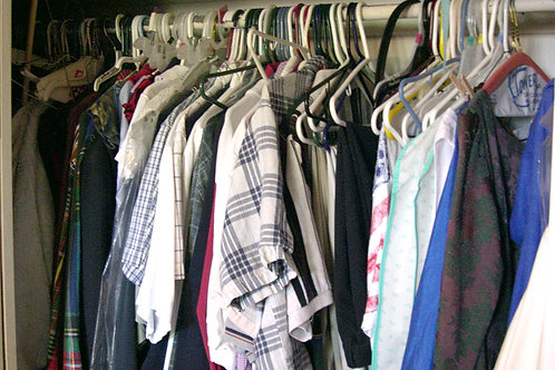 THE WINNING WARDROBE DE-CLUTTER
