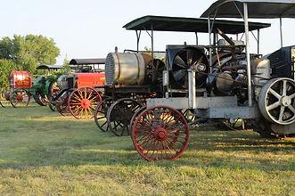 Prairie steam tractors  Country Threshing Days