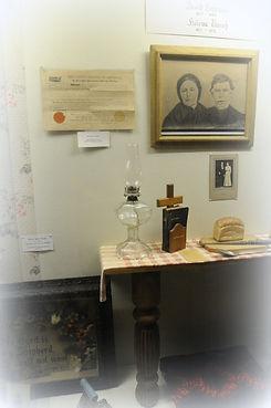 David and Helena Lehrman family case | Goessel Museum