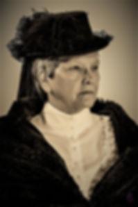 Donna Becher (Carrie Chapman Catt (2 of
