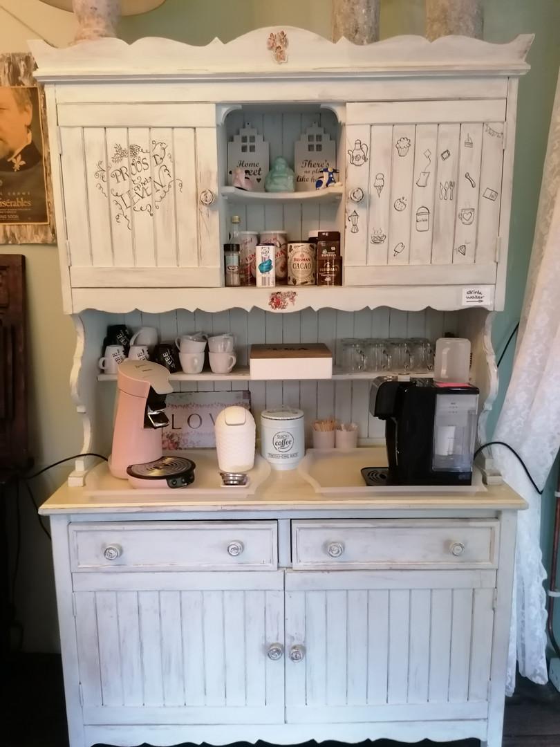 onbeperkt koffie en thee van het huis