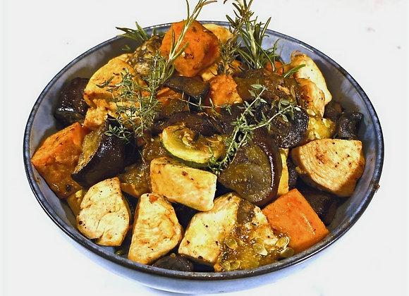 Gegrilde groenten met kip en humus