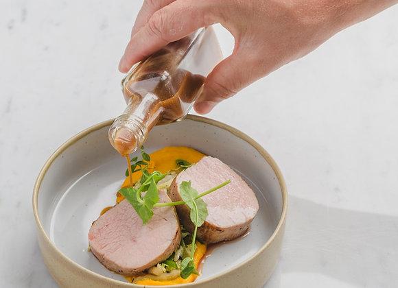 Traag gegaard kalfsvlees met crème van wortel en Tierenteyn mosterd