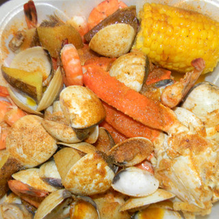 CLAMS SNOW CRAB COMBO