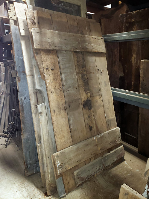 Unique Rustic Barn Door w Hinges