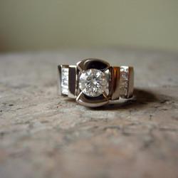 Custom 18K palladium white gold ring