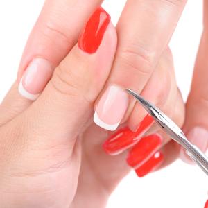Manicure Russa com Esmaltação em Gel