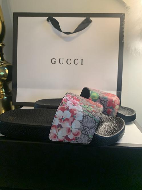 Gucci Blooms Supreme floral slide sandal