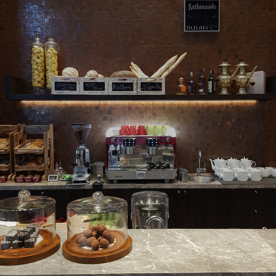 All Day Dining Bar