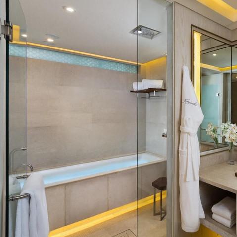 Standard bathroom tub