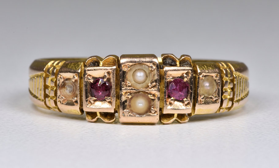 Antique Late Victorian 15ct Gold Ruby & Seed Pearl Ring (1901) Original Box