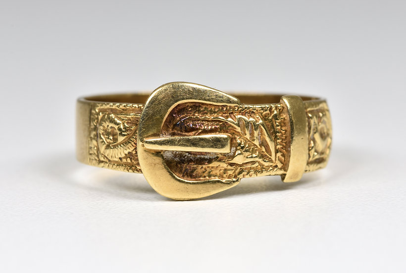 Vintage 9ct Gold Buckle Ring, (London,1973)