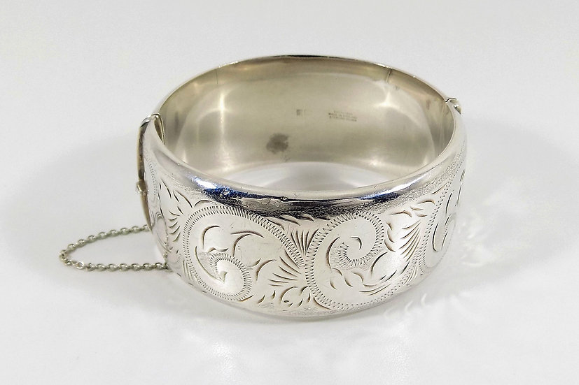 Vintage Solid Silver Hinged Bracelet, 1975, Weight 52.77g